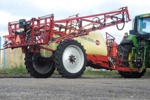 Ogłoszenie rolnicze: OPRYSKIWACZ ZACZEPIANY HARDI RANGER 2500 - 18 M - 2011 ROK