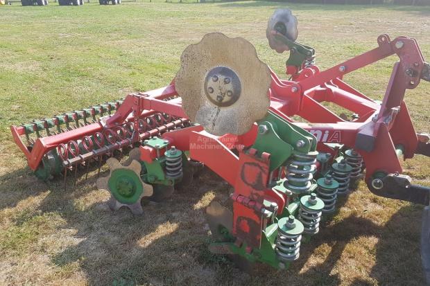 Ogłoszenie rolnicze: Agregat ścierniskowy Unia ARES TX