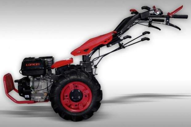 Ogłoszenie rolnicze: Nośnik narzędzi, ciągnik jednoosiowy o mocy 15 kM