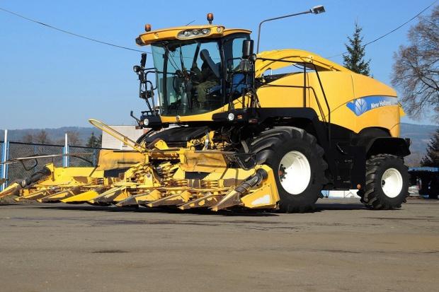 Ogłoszenie rolnicze: SIECZKARNIA NEW HOLLAND FR 9060 + KEMPER 360