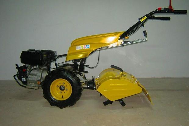Ogłoszenie rolnicze: Wielofunkcyjny ciągnik, traktorek  jednoosiowy MGT-270 o mocy 9 kM
