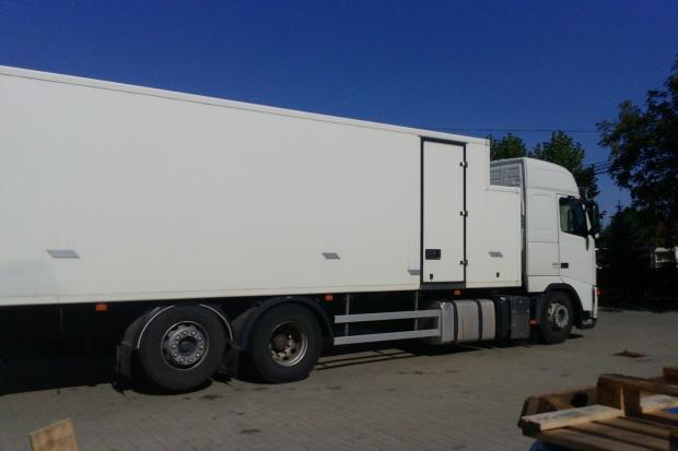 Ogłoszenie rolnicze: Sprzedam volvo fh ciężarowy izoterma 2006r ładowność 15000kg