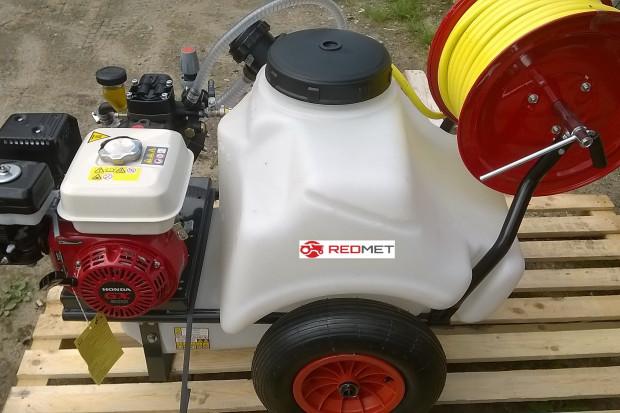 Ogłoszenie rolnicze: Opryskiwacz taczkowy spalinowy OPST-125S