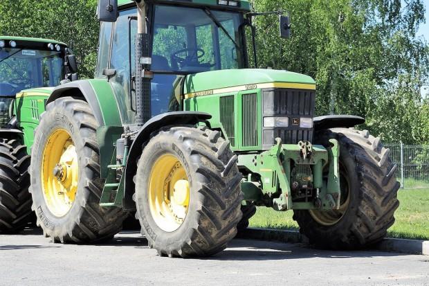Ogłoszenie rolnicze: JOHN DEERE 7810 TLS+PQ PLUS + WOM + TUZ - 2003 ROK