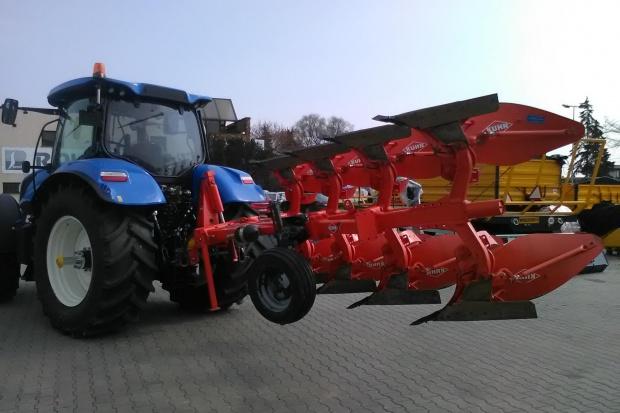 Ogłoszenie rolnicze: Pług rolniczy obrotowy KUHN Master 103 4E NSH