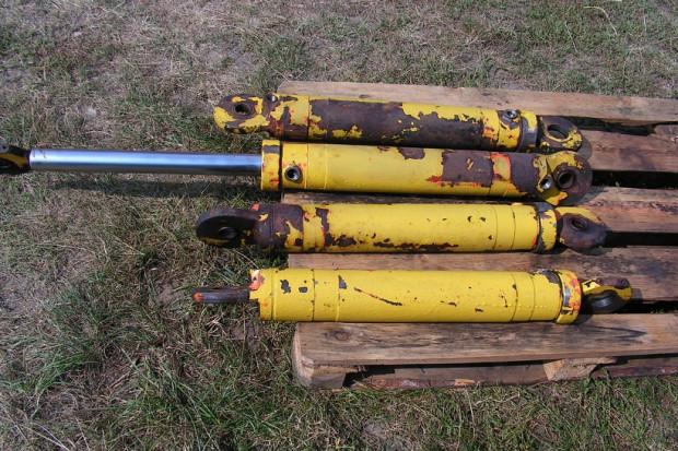 Ogłoszenie rolnicze: Siłownik hydrauliczny dustronny koparka, ładowarka, ładowacz