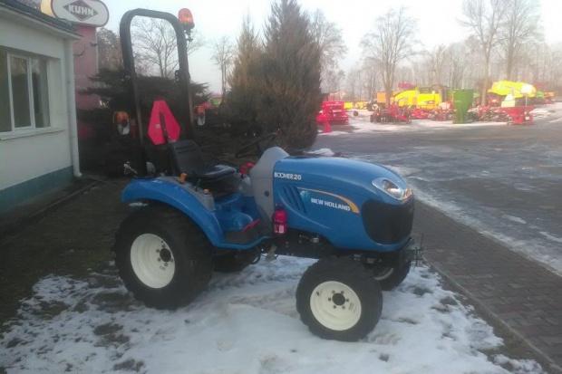 Ogłoszenie rolnicze: Ciągnik sadowniczy (kompaktowy) New Holland BOOMER 20