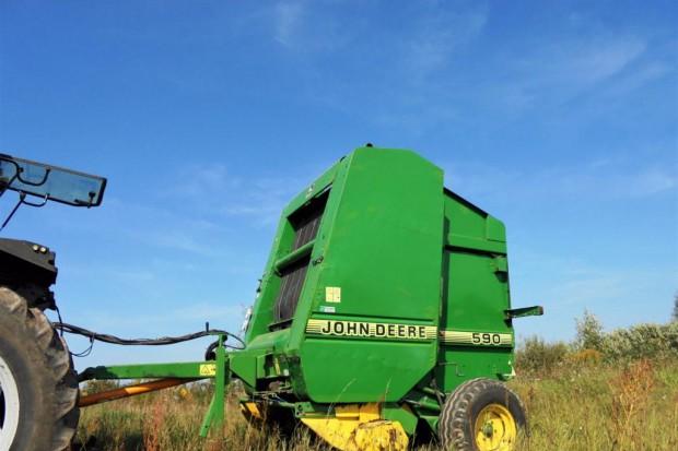 Ogłoszenie rolnicze:  Sprzedam prasę John Deere 590 + oryginalny sterownik