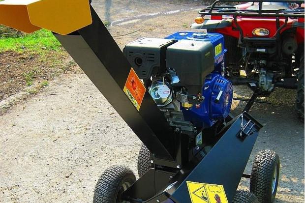Ogłoszenie rolnicze: Rębak do gałęzi TERMIT13ES, model 3- nożowy, silnik 13KM