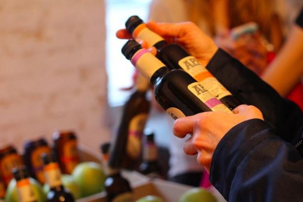 Ogłoszenie rolnicze: Jagody, owoce lesne slodkie, dojrzale roznych odmian. Produkujemy sok