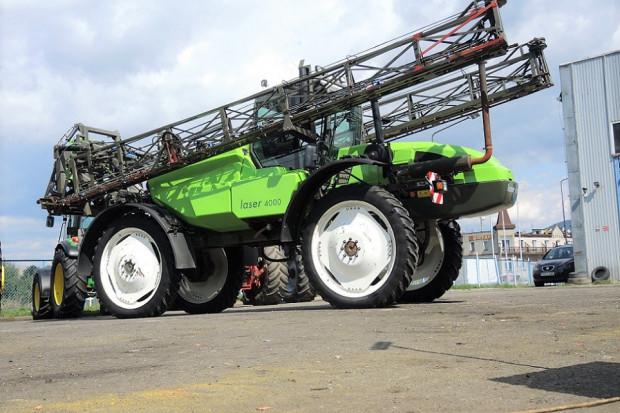 Ogłoszenie rolnicze: TECNOMA LASER 4000 - 2008 ROK - 40 km/h - 36 M
