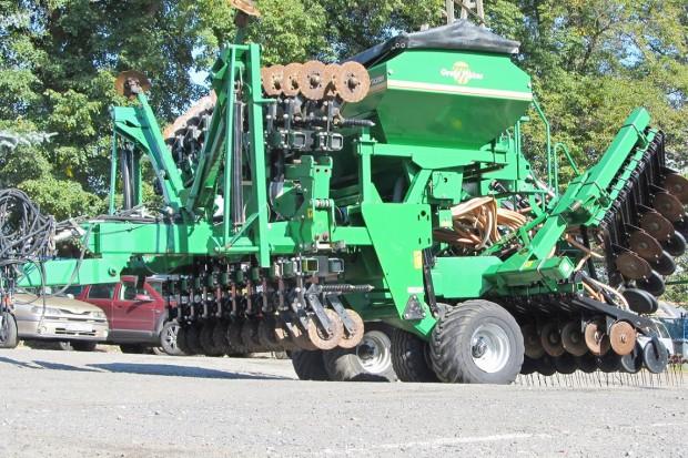 Ogłoszenie rolnicze: AGREGAT UPRAWOWO-SIEWNY GREAT PLAINS NTA 2000 - 2006 ROK