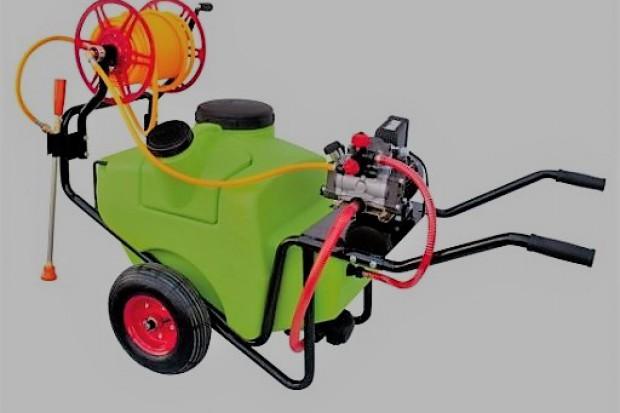 Ogłoszenie rolnicze:  Opryskiwacz taczkowy model OPST3-100E (0,9kW)
