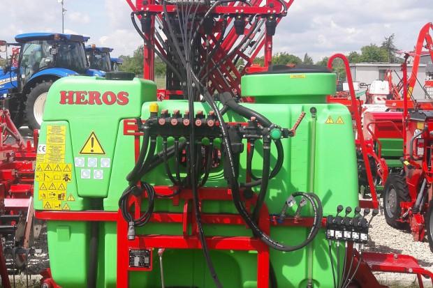 Ogłoszenie rolnicze: Opryskiwacz zawieszany KRUKOWIAK Heros 800/15/PHX